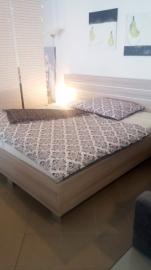 Postel z lamina včetně matrací